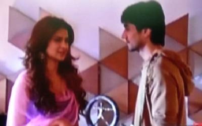 Bepanah: Aditya seeks Zoya's help for planning Harsh-Anjana's annieversary party
