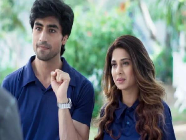 Bepanah: Aditya-Zoya's ice cream date in late night gets ruined by police
