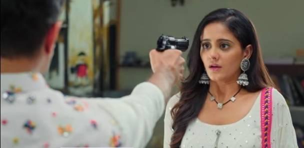Ghum Hai Kisi Ke Payar Mein: Virat threatening to shot Sayi brings separation